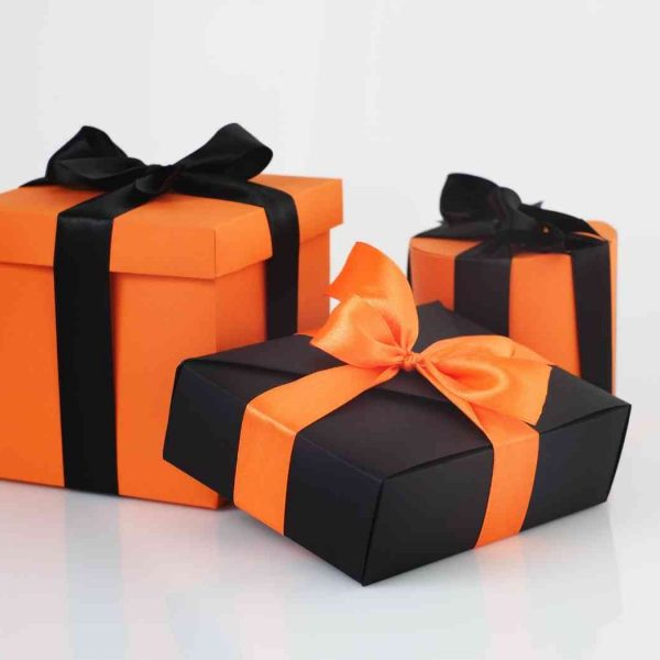 halloween spooky christmas gift ideas for her
